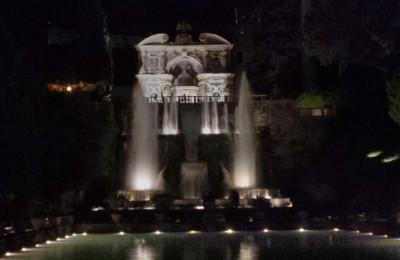 Villa d'Este by night